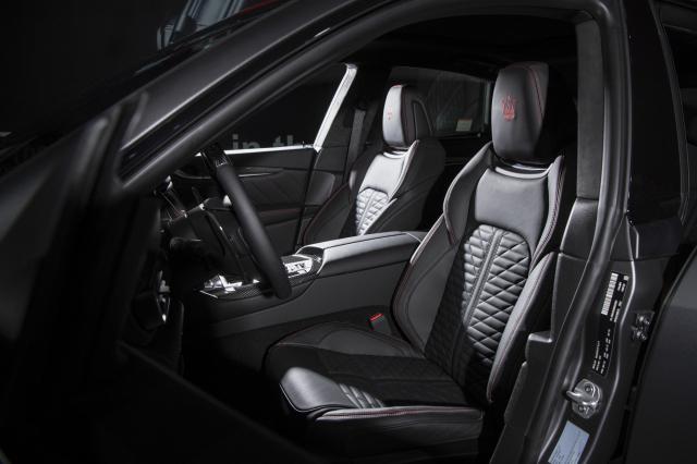 [Bestselling Car]마세라티 수퍼 SUV '르반떼 트로페오'…짜릿한 속도감에 안전성도 UP