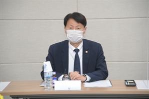 """김강립 식약처장 """"의약품 품질관리 강화·현장 지원 적극 추진"""""""