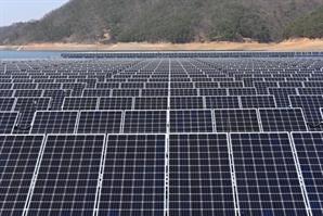 90억 들인 충주댐 태양광발전, 전기 팔아 1년에 겨우 2.7억 벌어