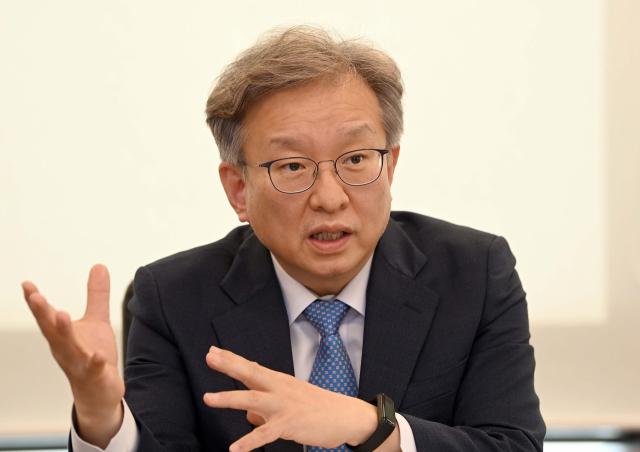 [서경이 만난 사람] 권칠승 중기부 장관 '소상공인 정책 유지위해 '재기' 지원에 예산 집중할 것'