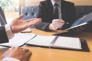 보험 영업의 진화… '사'자 전문직도 뛰어든다