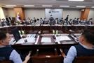 동결 vs 1만원…내년 최저임금 노사안 내달 나온다