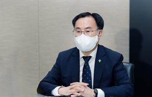 """문승욱 산업부 장관 """"내달 K-배터리 산업전략 발표"""""""