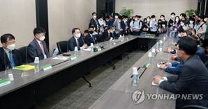 """""""해외 자원개발 나서달라"""" 문승욱 장관에 작심 건의한 K배터리"""