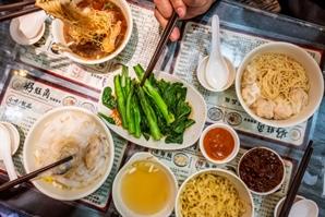[休]영화 '화양연화' 속 완탕면 다시 만날 수 있을까…맛으로 기억되는 도시 홍콩