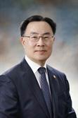 '文 순방 동행' 산업부 장관, 체코서 원전 세일즈