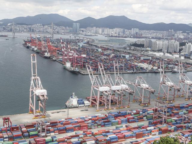 '올 수출회복 중국이 견인…하반기엔 주춤할 수도'