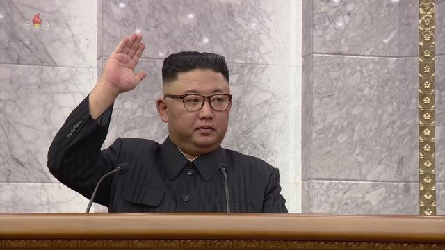 김정은, 식량난·코로나 언급했지만...'文 백신외교 호응 가능성 희박'