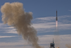 中 우주정거장 건설 위한 유인우주선 발사도 성공