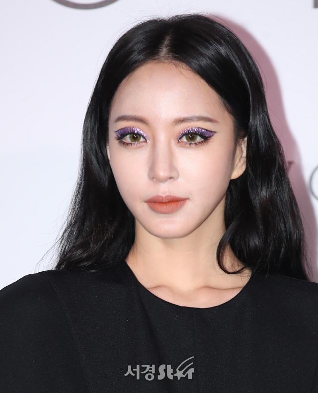 '여자로서 수치스러워' 칼 뽑은 한예슬, 김용호 고소 '쿨하게 넘어가지 않을 것'