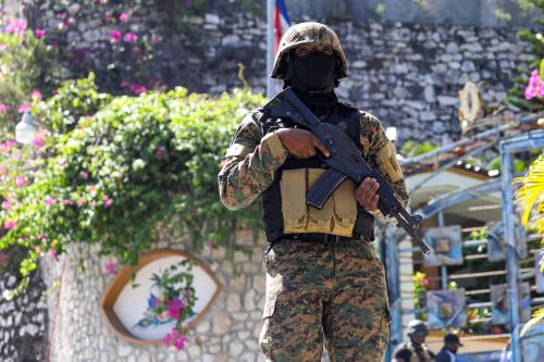 아이티 대통령, 사저에서 암살…충격 속 계엄령 선포
