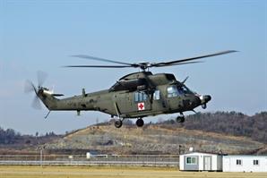 '수리온' 개량형 육군 의무수송헬기 불시작…5명후송