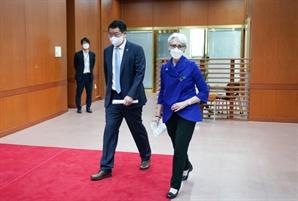 """셔먼 美 부장관 """"한반도 비핵화, 중국과 논의 기대"""""""