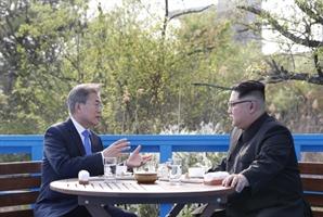 정전협정일에 나온 남북 개선 시도…정상회담·북미대화 급물살 타나