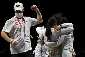 韓펜싱 '세계 1위' 중국 꺾었다…여자 에페 단체전 결승 진출 [도쿄 올림픽]