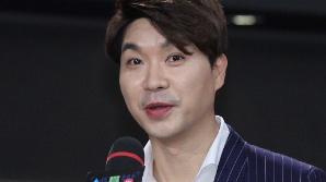"""'23세 연하와 결혼' 박수홍 """"정식으로 만난 지 4년, 고생해 준 아내에 감사"""""""