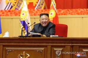 김정은, 사상 첫 전군지휘관 강습에서 핵무력 언급 자제