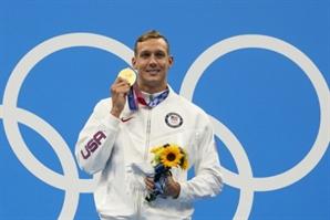 '최강' 드레슬, 남자 접영 100m 세계신기록 '금메달'…대회 3관왕 [도쿄 올림픽]