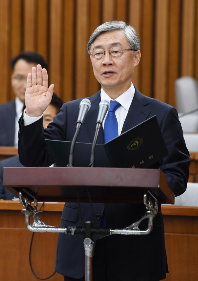 '소주성' 맹비난한 최재형... '일자리 빼앗는 최저임금 인상은 범죄'