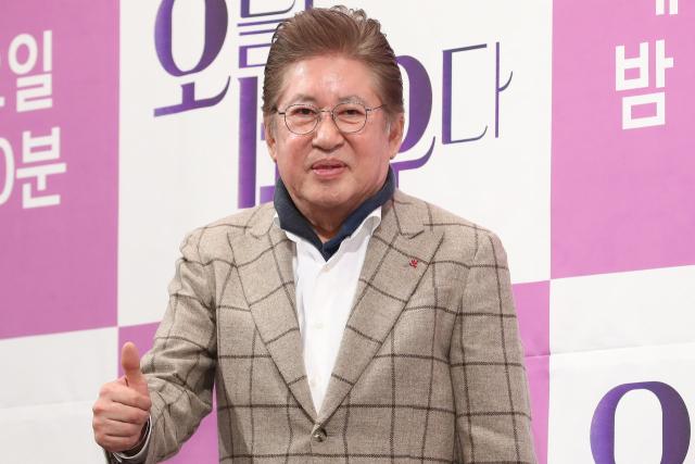 [전문] 김용건 39세 연하 여친 혼전임신…'책임 지겠다, 하정우도 축복'