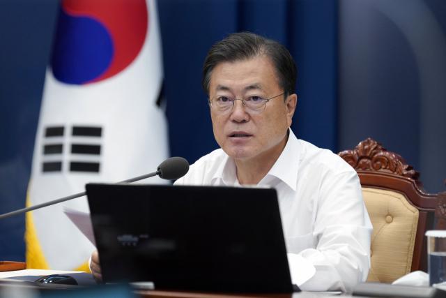 文 'K-방역 우수성 십분 발휘 중...추석까지 3,600만명 접종'