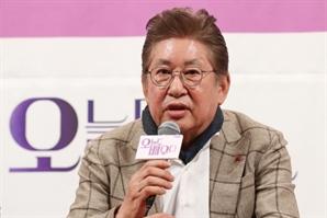 """김용건 39세 연하 여친 """"2차 가해 멈춰달라…노산으로 출산 조용히 준비"""""""