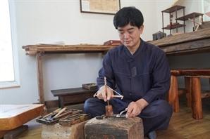 4대째 전통 나침반 만들어온 김희수 장인 인간문화재 된다