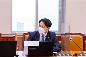 """전용기 """"양준우 대변인 두둔하는 이준석…후안무치한 내로남불"""""""