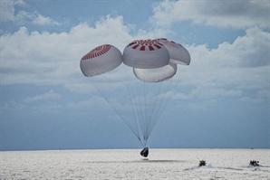 '사흘간의 우주여행' 스페이스X, 지구로 무사 귀환 성공