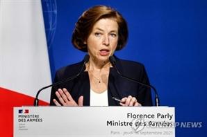 단단히 화난 프랑스, 영국과 국방장관 회담도 취소