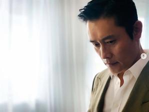 '오징어게임' 美 넷플릭스 1위한 날 이병헌이 한 행동