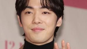 """김정현, 스토리제이컴퍼니와 전속계약 """"건강 회복 전념 중"""" [전문]"""