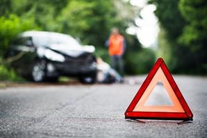 우연히 마주친 교통사고 현장…부상자 살피던 의사, 2차 사고에 참변