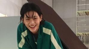 오징어게임의 '마법'…새벽 '정호연' 루이비통 글로벌 앰버서더 됐다