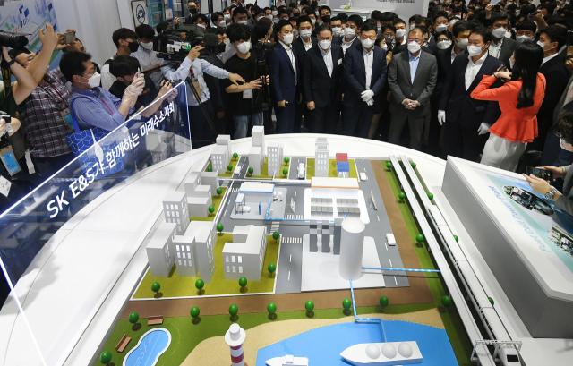 [시그널] 글로벌 사모펀드 KKR, SK E&S에 2조4,000억 투자