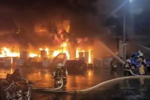 대만 13층 노후 주상복합서 화재…46명 사망 참사