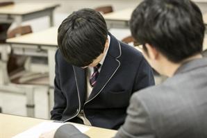 """""""자폐증 아들, 성추행 등 범행 불가능""""…무고 혐의로 교사 2명 고소"""