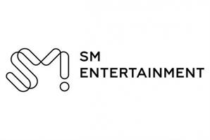 "CJ ENM, SM 인수계약설 부인… ""아무 것도 정해진 것 없다"""