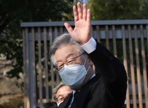 """[국정농담] """"이재명도 정권교체"""", 중도층 잡다가 집토끼 놓칠라"""