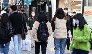 위드 코로나 기대감에 소비심리 두 달 연속 상승