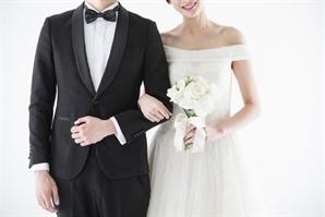 '결혼 안 하는 한국인'…8월 조혼인율 역대 최저